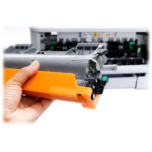 Wechsel eines Toners am Laserdrucker